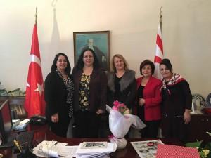 İngiltere Kanser Hastalarına Yardım Derneği Büyükelçi Oya Tuncalı'yı ziyaret etti