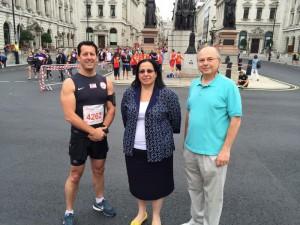 İngiltere'de yaşayan Kıbrıslı Türk Okan Baysan, 12 Temmuz Pazar günü gerçekleşen 10 km'lik ünlü Londra Maratonu'nda koştu.(12 Temmuz 2015)